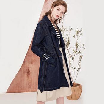 Lily 2018春新款风衣女装时尚双排扣系带牛仔风衣